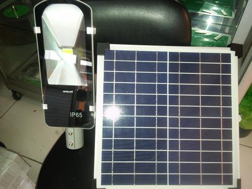 Poste Reflector  De 30watts De 1100 Lumenes Con Panel Solar