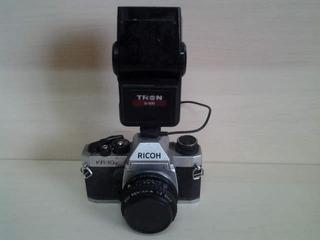 Antiga Camera Máquina Fotográfica Ricoh Com Flash Tron S 300