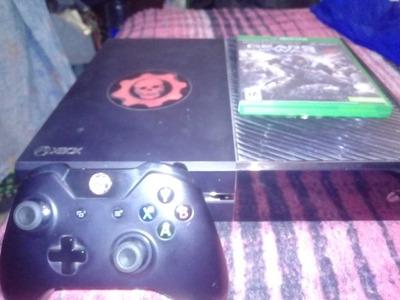 Xbox One Con Un Control Inalambrico Y Juego De Gears Of Wars