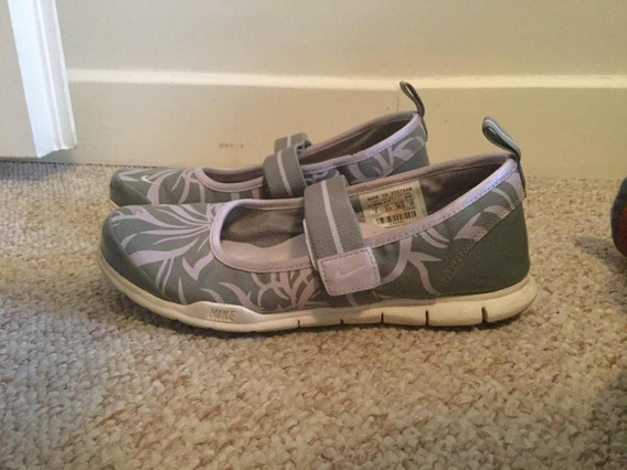 Zapatillas Nike Flores