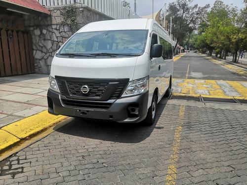 Imagen 1 de 12 de Nissan Urvan 2.5 15 Pas Amplia Aa Mt 2018