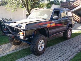 Jeep Cherokee Sport Mec