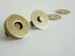 fb29b8cb8b Botão Imantado Cor Ouro Velho 14mm C/20 Fechos P/bolsa (imã) - R$ 29 ...