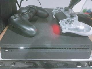 Play 4 Slim (gangaa) Una Tera, 2 Controles, Juego Fifa19.