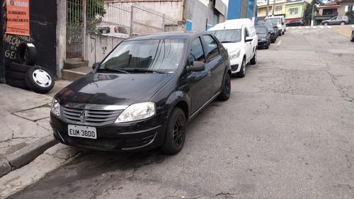 Renault Logan Authentique 1.0 16 V 2011