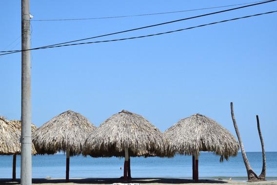 Alquiler Cabaña Frente A La Playa Para 25 Personas