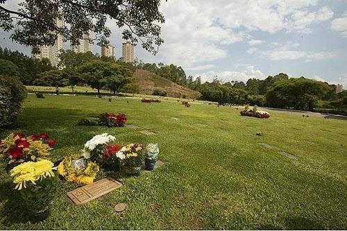 Imagem 1 de 4 de Jazigo Com 3 Gavetas - Área Nobre - Cemitério Do Morumby