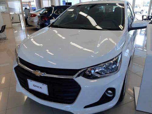 Nuevo Chevrolet Onix Plus Lt Tech 1.2n Mt Dk