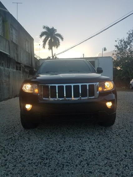 Vehiculo De Renta La Grand Cherokee 2012