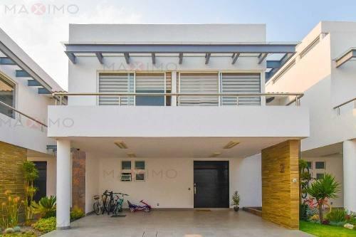 Residencia En Casa Del Agua Metepec
