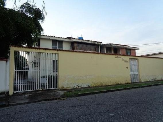 Apartamento En Venta El Pilar Araure 20-2648 Jg