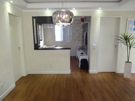 Duplex Com 2 Salas, 3 Quartos, 2 Banheiros, Terraço.