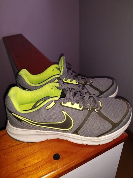 Zapatillas Nike Versa