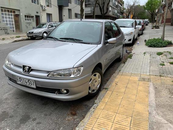 Peugeot 306 Platinum 1.6 Sedan Año 2001