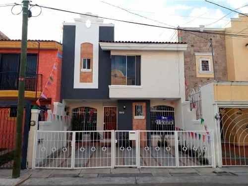 Casa Amueblada En Renta En Colonia Las Alamedas, Zapopan