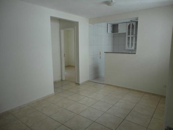 Condomínio Em Local De Grande Facilidades Para O Lar Apa0051