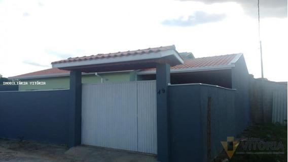 Casa Para Venda Em Bragança Paulista, Araras Dos Pereiras, 3 Dormitórios, 1 Suíte, 2 Banheiros, 7 Vagas - Pv 631