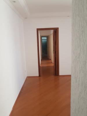 Apartamento 03 Dormitórios Sendo Uma Suite