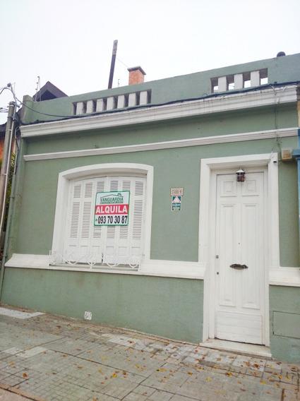 Casa De 2 Dormitorios En La Blanqueada!