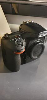 Nikon D810 (con 2 Disparos)