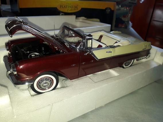 Miniatura Pontiac Star Chief 1955 Conversível Escala 1.18