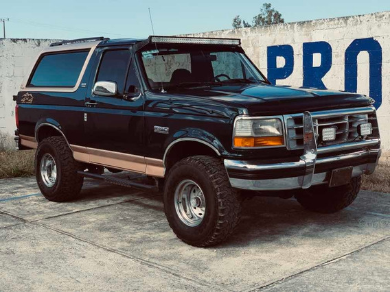 Ford Bronco 8 Cilindros