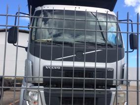 Volvo Vm 270 Leito Com Carroceria De Aço - Prata Metalico