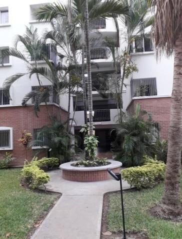 Apartamento En Venta Oeste Lara 20-15883 Rg