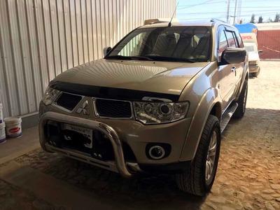 Mitsubishi Montero Sport Full