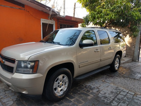 Chevrolet Suburban A Tela Aa At 2011