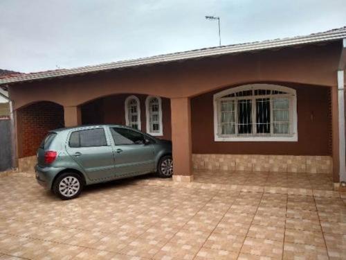 Casa Com Churrasqueira Com 3 Quartos Em Itanhaém/sp Ca033-pc