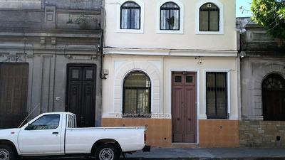 Casa 3 Dormitorios En Cordón, Única