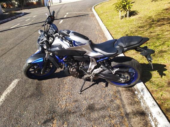 Yamaha Mt07 Naked