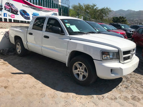 Dodge Dakota Slt Crew Cab 4x2 At