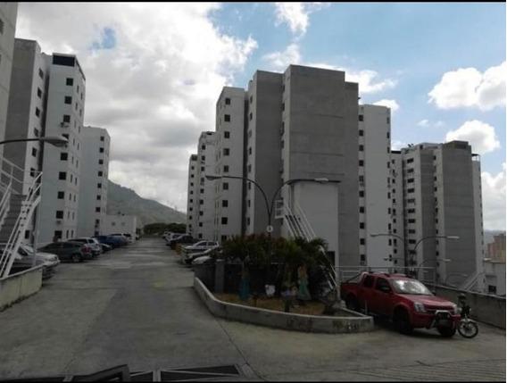 Apartamento En Venta Rent A House Código 20-9214