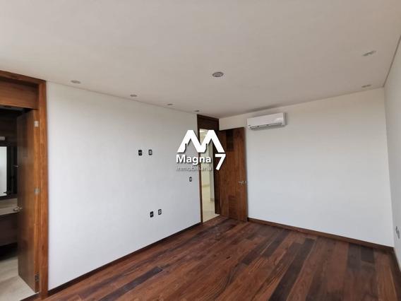 Casa En Condominio En Puerta De Hierro, Zapopan