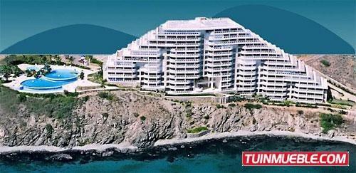 Apartamento En Venta- Morro De La Mar. Porlamar