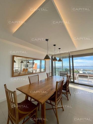 Oportunidad Apartamento En Venta De Dos Dormitorios Con Jardín De Uso Exclusivo En Punta Ballena- Ref: 31068