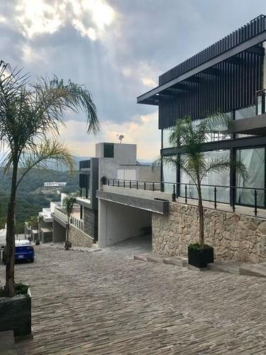 Venta De Casa Moderna En Condado De Sayavedra Zona Esmeralda