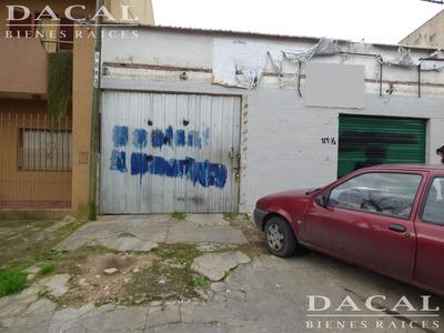 Depósito En Venta En La Plata Calle 18 E/ 530 Y 531 Dacal Bienes Raices