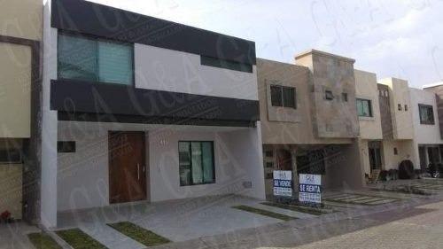 Hermosa Casa Moderna - Los Almendros Residencial