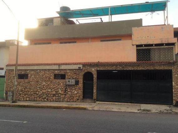 Casa En Venta 18-2512 M. Charboné 0414-3310609