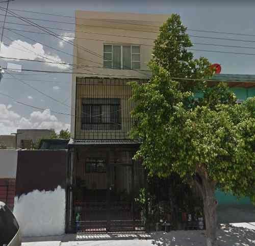 Casa En Colonia Echeverría En Guadalajara