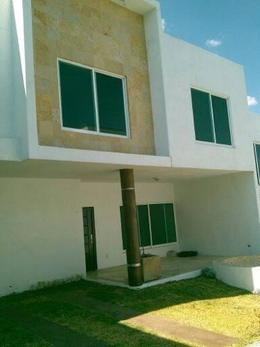 Casa En Condominio En Lomas De Atzingo / Cuernavaca - Vem-206-cp