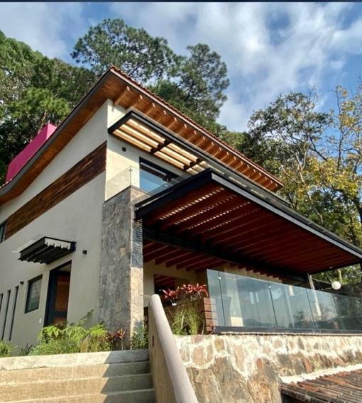 Venta De Exclusiva Casa En Valle De Bravo