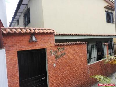 Se Vende Casa En El Pueblo De El Hatillo/ Residencial O Com