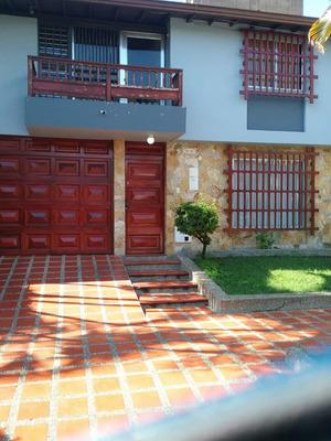 Casa Hermosa Grande Y Bien Ubicada En Medellin - Antioquia
