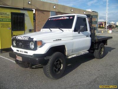 Toyota Macho Pick Up