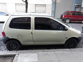 Renault Twingo Sedan