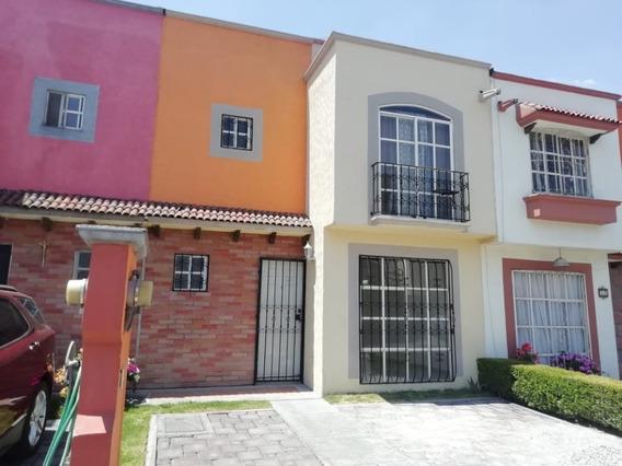 Casa Tres Recamaras, Por Aeropuerto Toluca, Vigilancia.